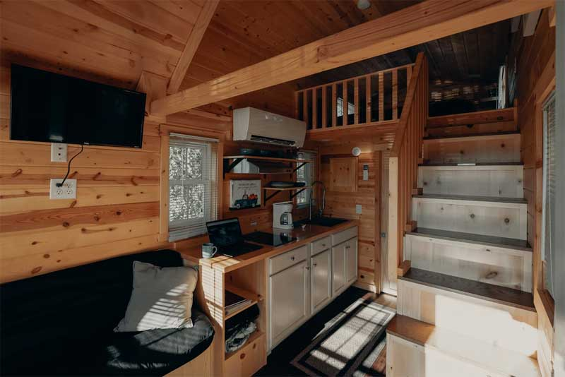 How to Furnish a Small House